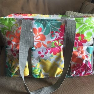 Thirty-One Tote in Island Damask print